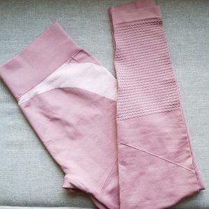 Fabletics Mauve active leggings